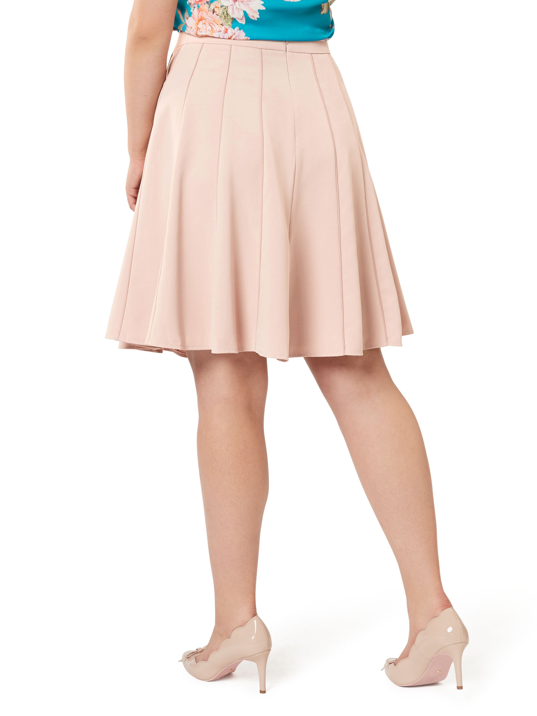 Aries Flippy Skirt