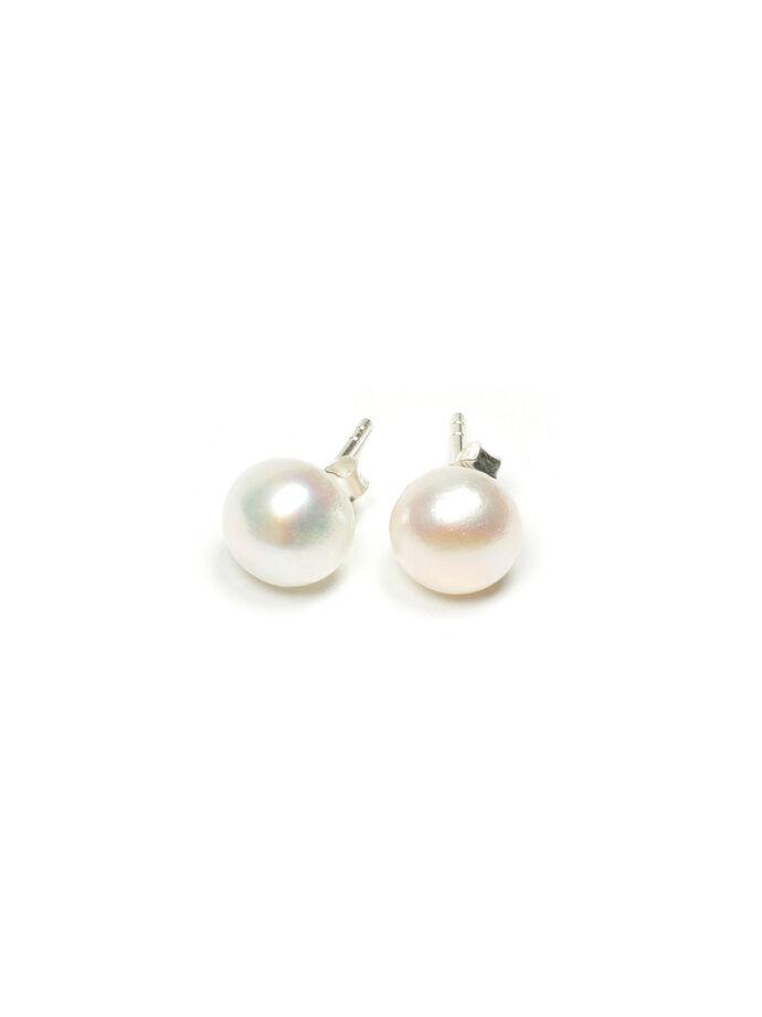 Fresh Water Pearl Earring