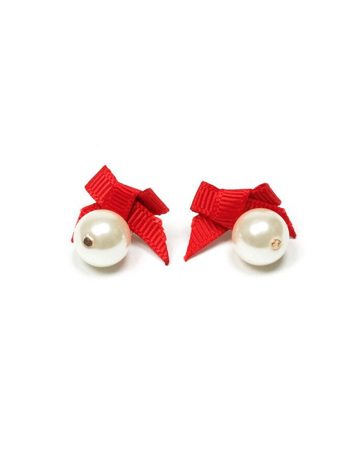 Poppy Pearl Earring