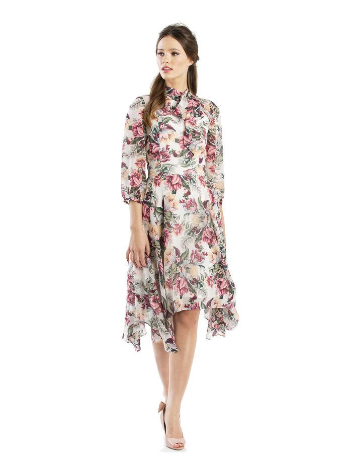 77b34ac56575 Vanilla Twilight Dress